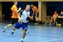 Házenkáři MHK (s míčem Jaščenko) nezvládli úvodní duel jarní části II. ligy.