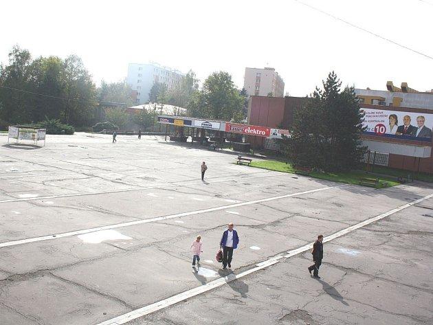 Náměstí v Orlové-Lutyni.