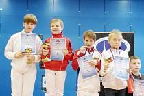Václav Sokol (třetí zleva) se v Liberci prosadil na piedestal medailistů.