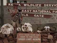 Zatímco obyvatelé střední Evropy na přelomu prosince a ledna mrzli, karvinský fotograf Silvestr Szabó v minulých letech už dvakrát vyrážel za teplem a novými zážitky do Keni. Jak jinak než fotit zvířata a přírodu.