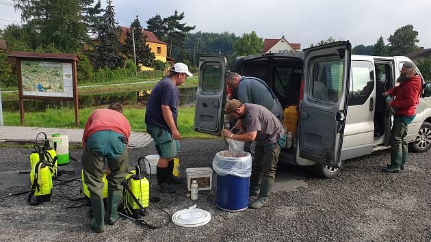 V Petrovicích už týden probíhá odstraňování následků bleskových povodní z konce června.