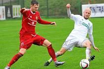 Marek Janečka (v bílém) je příjemným překvapením ligové soutěže.