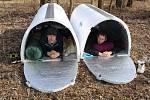 Havířovští bezdomovci přespávají v iglú.