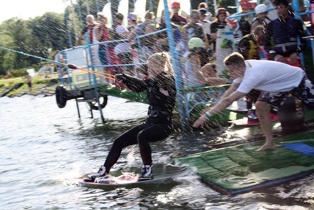 Ski wake park na Těrlické přehradě.