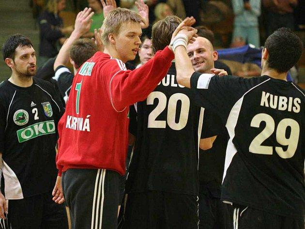 Hráči Baníku OKD se mohou radovat. Ve finálové sérii vedou nad Duklou 2:0 na zápasy.