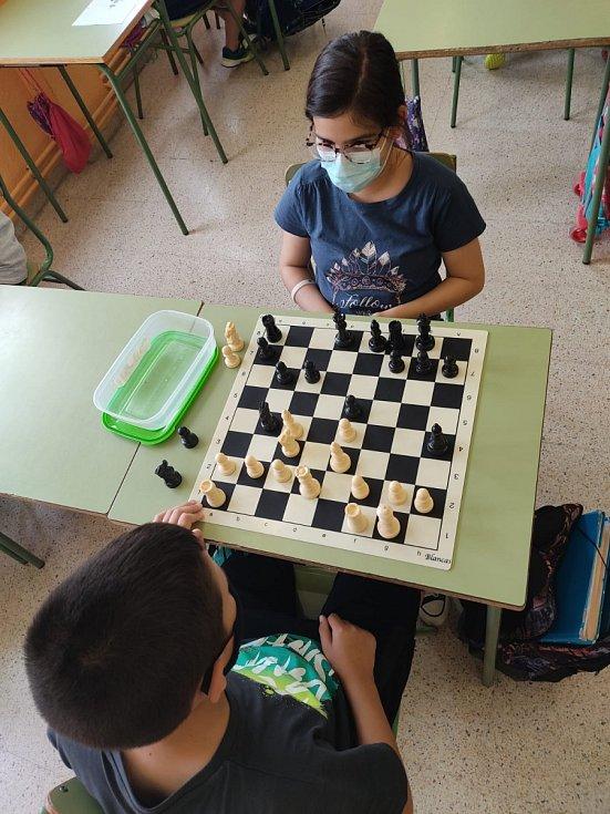 Kateřina Doležalová aplikovala v hodinách matematiky zapojení hry šachy.