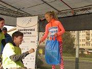 Havířovská desítka 2016, vyhlášení vítězky dětského běhu.