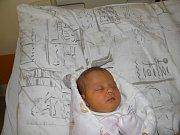 Paní Elišce Pavlovské z Karviné se 9. ledna narodila dcerka Monička. Po porodu holčička vážila 2660 g a měřila 45 cm.