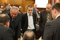 Snímek ze zasedání městského zastupitelstva.