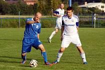 Oba petrovičtí zadáci, jak Pavel Bernatík (vpravo), tak Michal Gill (vzadu) nedohráli úvodní jarní zápas.