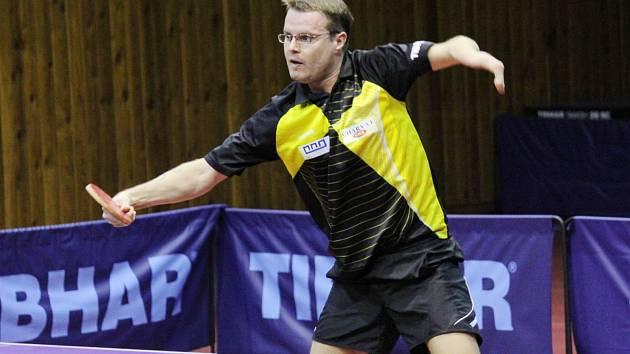 Stolní tenisté Baníku Charvát Havířov vyhráli na domácích stolech derby s Ostravou.