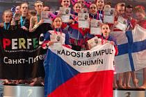 Tanečníci bohumínského souboru Radost-Impuls zabodovali na soutěži v Petrohradu.