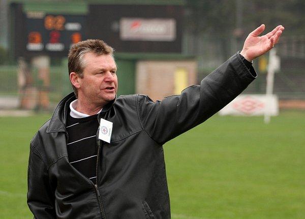 Trenér Orlové Bohuslav Keler.