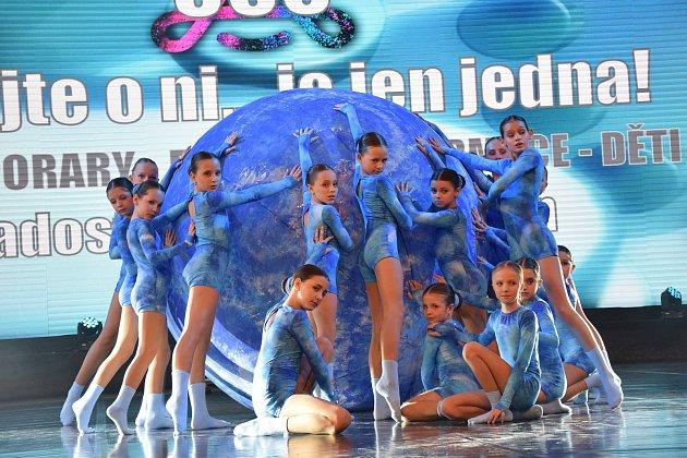 Tanečnice bohumínského souboru radost Impuls získaly na soutěži Czech Dance Master vPraze řadu medailí. Vdětské kategorii získaly titul Mistra mistrů.