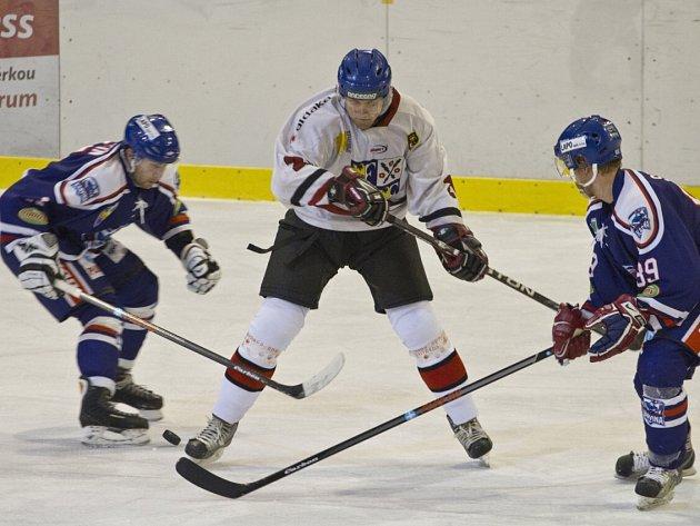 Divočina. Hodně zajímavý zápas vidělo ve středu hokejové obecenstvo v Karviné.