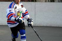 Hokejbalisté Inteva budou chtít postoupit do finále.