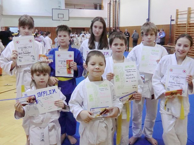 Mladí českotěšínští judisté objeli v lednu několik turnajů, na nichž dosáhli předních umístění.