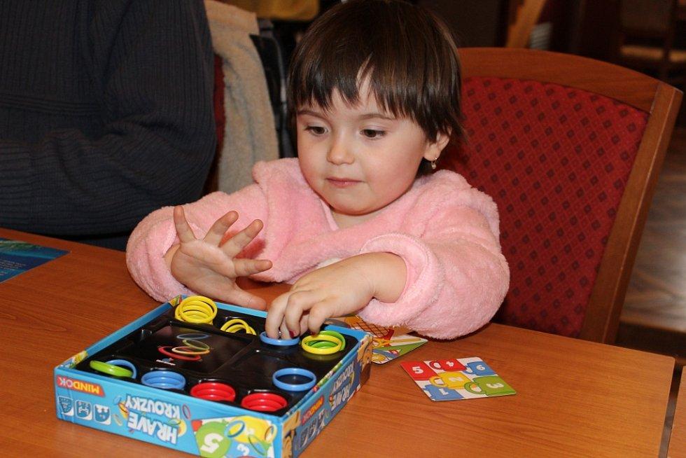 Stolní hry baví všechny generace. Ilustrační foto.