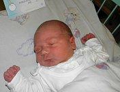 Ján Kmeť se narodil 28. dubna paní Petře Kmeťové z Třince. Po porodu chlapeček vážil 4360 g a měřil 53 cm.