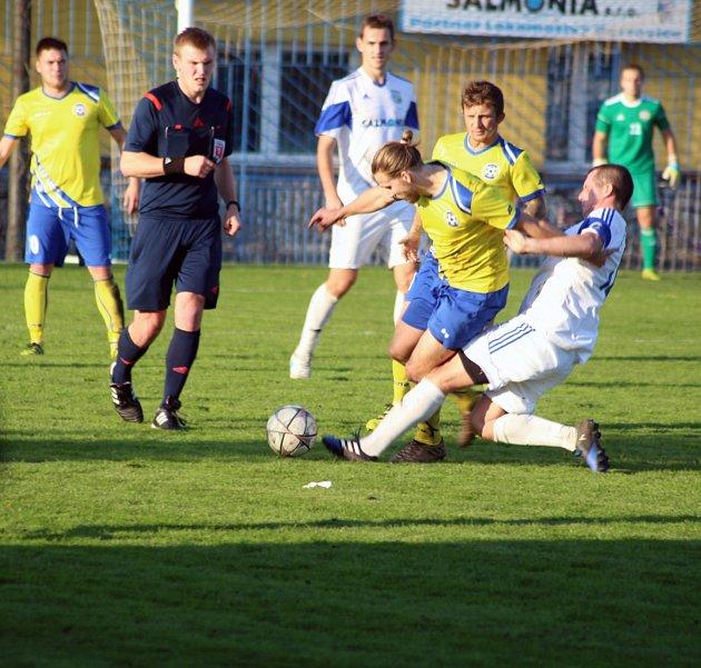 Fotbalisté Petrovic potřebují vyhrávat hlavně doma.