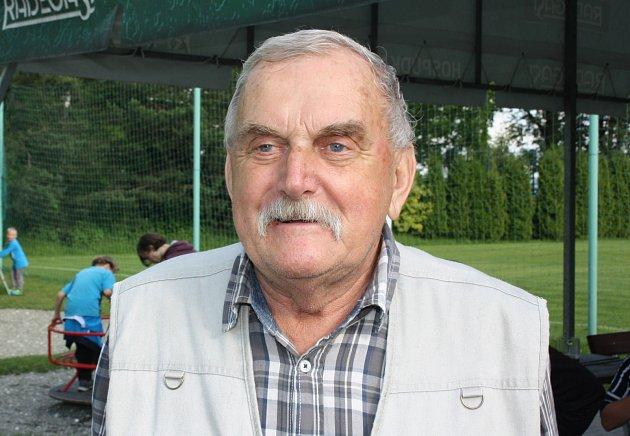 Místní pamětník Karel Swienczyk.