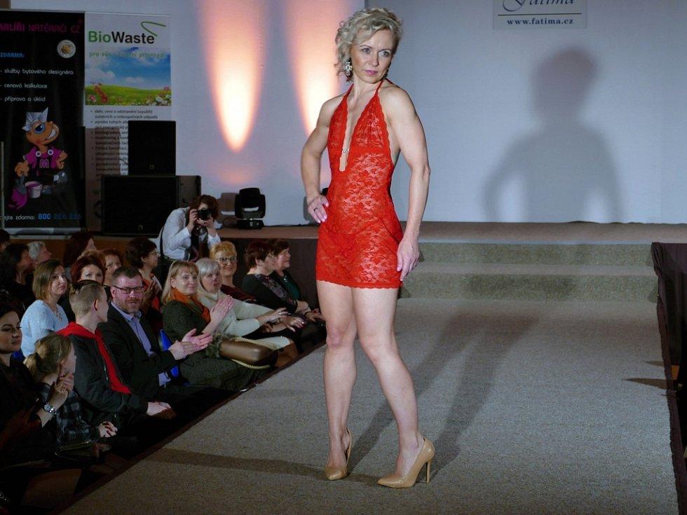 Ojedinělá módní přehlídka s názvem Móda elegantních dam v těrlickém kulturním domě se konala 24. března 2018.