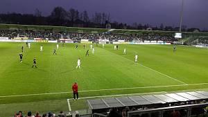 Pohled na fanoušky ligového derby Karviná - Baník Ostrava
