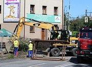 V centru Českého Těšína začala rekonstrukce kanalizace.