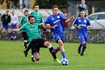 Lokomotiva Petrovice (v modrém) uhrála v Čeladné jen remízu.