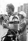 Josef Muška po etapě na závodě Česko-polská družba. Rok 1973.