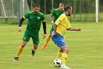 Kamil Rozsíval (v zeleném) se stal šťastným datyňským střelcem.