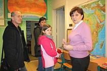 Gymnázium Františka Živného v Bohumíně otevřelo na celé sobotní dopoledne své dveře veřejnosti. Na prohlídku školy se vydávali zejména páťáci a deváťáci základních škol, které doprovázeli jejich příbuzní.