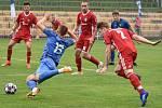 Havířov (v modrém) si doma poradil s Heřmanicemi 2:0.
