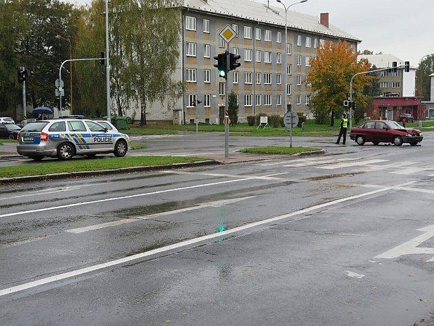 Nehoda policejního vozu v Havířově.