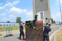 Za tropického vedra se konal v sobotu odpoledne v areálu bývalého Dolu František 3. ročník soutěže hasičů Hornosušská věž, memoriál Rudolfa Moldrzyka.