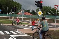 Děti si vyzkoušely provoz na dopravním hřišti.