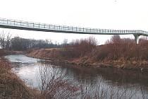 Vizualizace lávky přes řeku Olši.