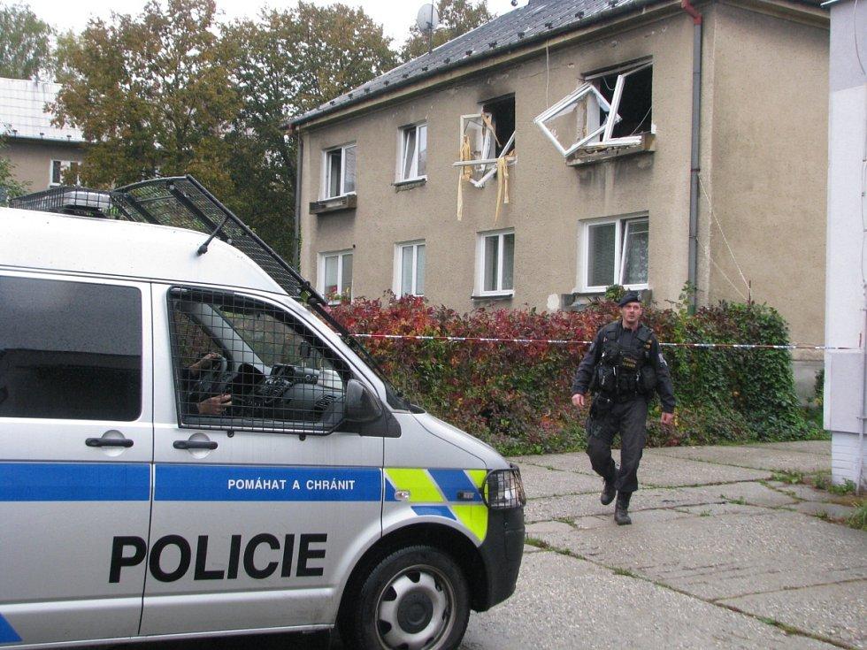 Zásah u výbuchu v domě v Havířově-Šumbarku.
