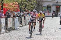 Dojezd etapy ve Štramberku.