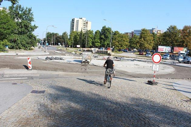 Část ulice K. Śliwky vcentru Karviné bude zprovozněná, zatím ale jen provizorně.