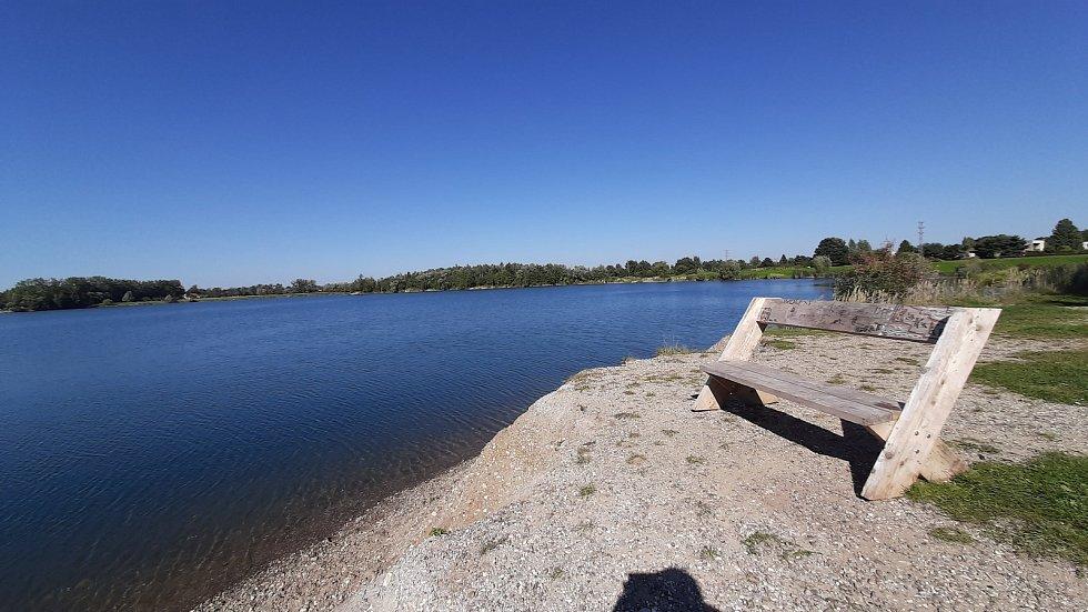Bohumín-Šunychl. Klidná městská část, kde se rozkládá i Kališovo jezero, centrum letní příměstské rekreace. Kališovo jezero.