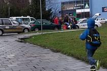 Nehoda u Merkuru, při které byla zraněna školačka.