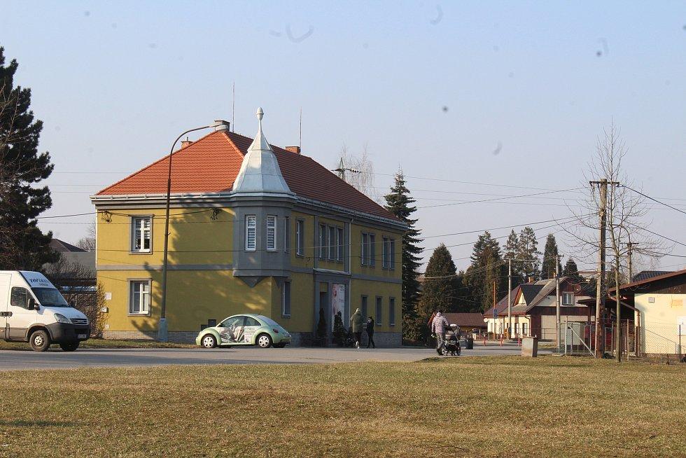 Dolní Lutyně. Centrum. budova studia Klára
