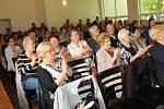 V Karviné se v neděli odehrál druhý koncertní den letošního ročníku folklorně pěveckého festivalu Máj nad Olzou. Na snímku pěvecký sbor Lira z Darkova.