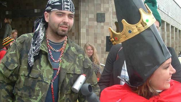 Královna letošního karvinského Majálesu Lenka Kučerová.