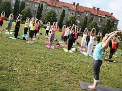 Bohumín slavil se Světový den jógy.