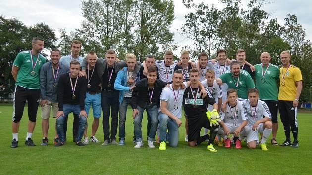 Karvinští dorostenci - úspěšný tým z minulé sezony - dostali bronzové medaile.