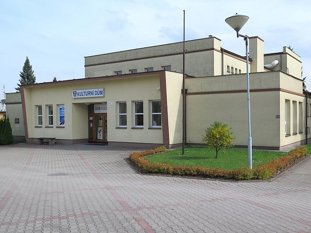 Kulturní dům v Těrlicku, který slouží také jako kino.