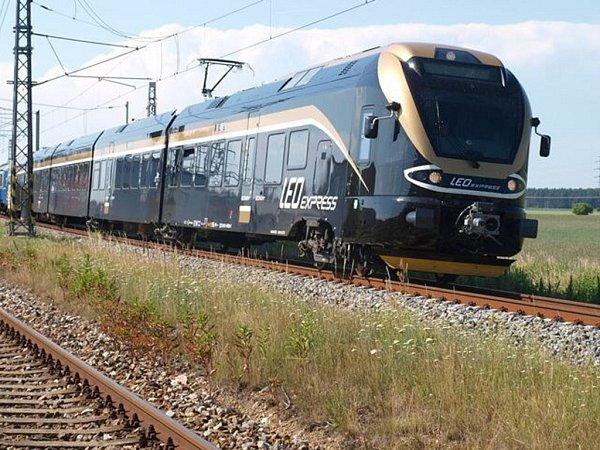 LEO Express. Snímky ztestování soupravy na zkušebním okruhu.