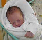 Patrik Mrňák se narodil 5. června paní Tereze Mrňákové z Karviné. Po narození miminko vážilo 2770 g a měřilo 47 cm.